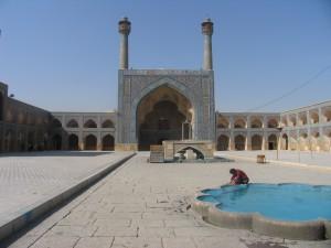 Jaméh_Mosque_Esfahan_courtyard
